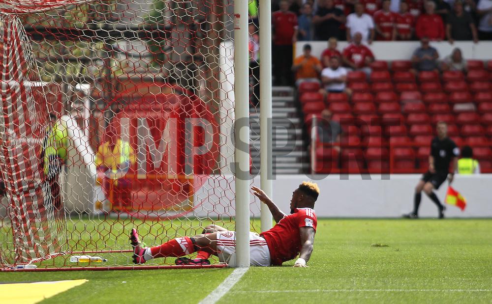 Britt Assombalonga of Nottingham Forest scores his sides first goal - Mandatory by-line: Jack Phillips/JMP - 06/08/2016 - FOOTBALL - The City Ground - Nottingham, England - Nottingham Forest v Burton Albion - EFL Sky Bet Championship