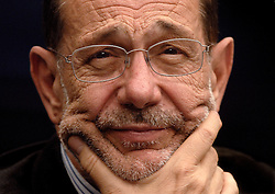 Javier Solana , EU Foreign Policy Chief, pauses during a news conference following an emergency EU Summit, in Brussels, on Tuesday, Aug. 1, 2006. The emergency meeting was called by the Finnish Presidency to address the escalating violence in Israel and Lebanon. (Photo © Fistick)