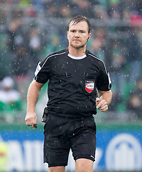 06.11.2016, Allianz Stadion, Wien, AUT, 1. FBL, SK Rapid Wien vs RZ Pellets WAC, 14 Runde, im Bild Schiedsrichter Dieter Muckenhammer // during Austrian Football Bundesliga Match, 14 th Round, between SK Rapid Vienna and RZ Pellets WAC at the Allianz Stadion, Vienna, Austria on 2016/11/06. EXPA Pictures © 2016, PhotoCredit: EXPA/ Sebastian Pucher