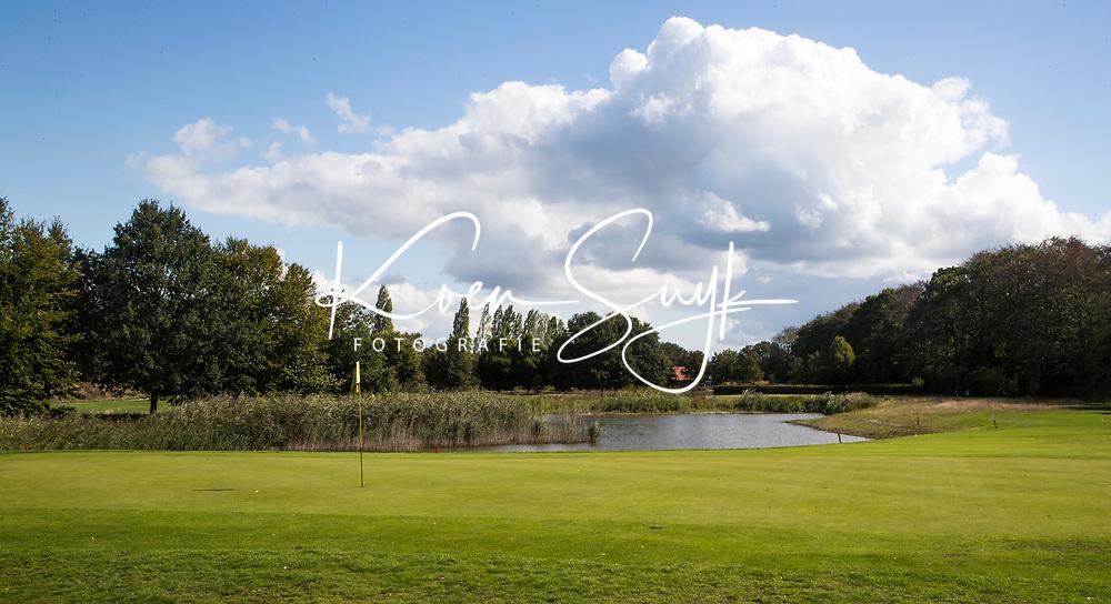 OOSTERHOUT - Hole 5 van de Par3 baan.  . Oosterhoutse Golf Club. COPYRIGHT KOEN SUYK