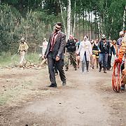 20.05.2016 Mahlwinkel, Zombie Larp (live action role play) Veranstalter: Lost ideas.<br />Etwa 600 Spieler, die Spieler sind 24h im Spiel.<br /><br />Zombie Spieler auf der Suche nach &Uuml;berlebenden. Die Spieler werden von Spielf&uuml;hrern geleitet.<br /><br /><br />&copy; Harald Krieg/Agentur Focus