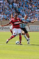 20111030: PORTO ALEGRE, BRAZIL - Football match between Gremio and  Flamengo teams held at the Sao januario. In picture Airton<br /> (Flamengo) and Gilberto Silva (Gremio)<br /> PHOTO: CITYFILES