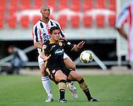 05-08-2008 Voetbal:FC ENERGIE COTTBUS:WILEM II:COTTBUS<br /> Danny Schenkel in duel met Dimitar Rangelov<br /> <br /> Foto: Geert van Erven