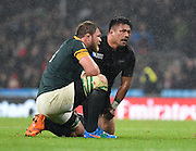 New Zealand hooker Keven Mealamu consoles South Africa number eight Duane Vermeulen after the final whistle of the Rugby World Cup Semi-Final match between South Africa and New Zealand at Twickenham, Richmond, United Kingdom on 24 October 2015. Photo by David Charbit.