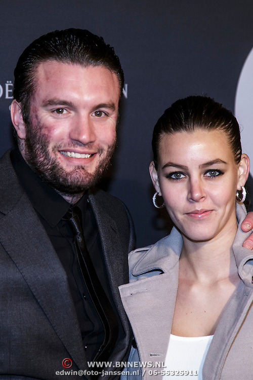 NLD/Amsterdam/20150211 - Premiere Fifty Shades of Grey, Jamie Saunders en partner Zoe