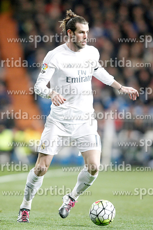 20.03.2016, Estadio Santiago Bernabeu, Madrid, ESP, Primera Division, Real Madrid vs Sevilla FC, 30. Runde, im Bild Real Madrid's Gareth Bale // during the Spanish Primera Division 30th round match between Real Madrid and Sevilla FC at the Estadio Santiago Bernabeu in Madrid, Spain on 2016/03/20. EXPA Pictures &copy; 2016, PhotoCredit: EXPA/ Alterphotos/ Acero<br /> <br /> *****ATTENTION - OUT of ESP, SUI*****
