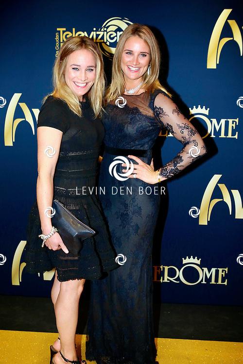 AMSTERDAM - In Carre is de Gouden Televizier-Ring Gala 2013. Met op de foto Jetteke en Lieke van Lexmond. FOTO LEVIN DEN BOER - PERSFOTO.NU