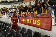DESCRIZIONE : Roma Lega A 2011-12 Virtus Roma Angelico Biella<br /> GIOCATORE : Alessandro Tonolli<br /> CATEGORIA : esultanza tifosi<br /> SQUADRA : Virtus Roma<br /> EVENTO : Campionato Lega A 2011-2012<br /> GARA : Virtus Roma Angelico Biella<br /> DATA : 16/10/2011<br /> SPORT : Pallacanestro<br /> AUTORE : Agenzia Ciamillo-Castoria/GiulioCiamillo<br /> Galleria : Lega Basket A 2011-2012<br /> Fotonotizia : Roma Lega A 2011-12 Virtus Roma Angelico Biella<br /> Predefinita :
