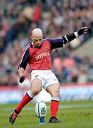 2004/05 Heineken_Cup, NEC,Harlequins vs Munster, RFU Twickenham,ENGLAND:.Munster's, Paul Burke king a first half conversion..Photo  Peter Spurrier. .email images@intersport-images.com...