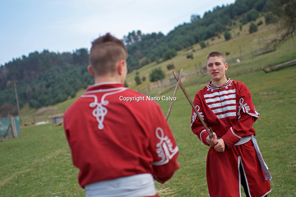 Training with G&aacute;bor Kopecsni, founder and president of the Baranta Association in Upper Hungary.<br />