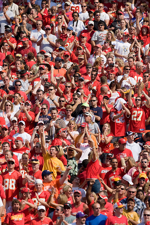 KANSAS CITY, MO - SEPTEMBER 28:   Fans of the Kansas City Chiefs cheer after a score during a game against the Denver Broncos at Arrowhead Stadium on September 28, 2008 in Kansas City, Missouri.  The Chiefs defeated the Broncos 33-19.  (Photo by Wesley Hitt/Getty Images) *** Local Caption ***