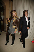 Lisa Henrickson and Rob Hersov, MOVE FOR AIDS HOSTED BY ELLE MACPHERSON & DAVID FURNISH. Koko, Camden High St. London. 7/11/06. ONE TIME USE ONLY - DO NOT ARCHIVE  © Copyright Photograph by Dafydd Jones 66 Stockwell Park Rd. London SW9 0DA Tel 020 7733 0108 www.dafjones.com