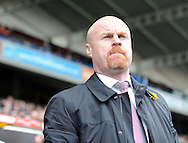 Sean Dyche manager of Burnley during the Sky Bet Championship match at the John Smiths Stadium, Huddersfield<br /> Picture by Graham Crowther/Focus Images Ltd +44 7763 140036<br /> 12/03/2016