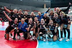 11-12-2019 JAP: Netherlands - Korea, Kumamoto<br /> Last match Main Round Group1 at 24th IHF Women's Handball World Championship, Netherlands win the last match against Korea with 36 - 24. / Team Netherlands