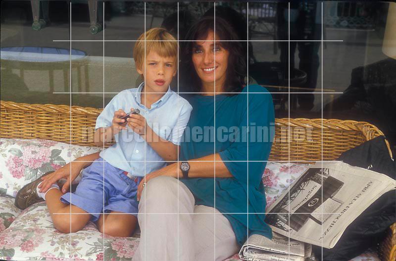 Capri, 1995. Italian journalist and movie critic Irane Bignardi and her son Giovanni Cassinelli / Capri, 1995. La giornalista e critica letteraria Irene Bignardi -  © Marcello Mencarini