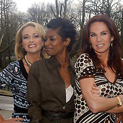 NLD/Amsterdam/20070308 - Persviewing Ex Wives Club, Esther Kreukniet, Sylvana Simons, Rosalie van Breemen