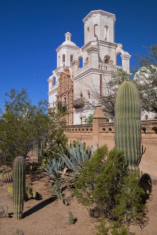 USA,Arizona,Tucson,Mission San Xavier del Bac,historic Spanish Catholic mission,Tohono O'odham San Xavier Indian Reservation