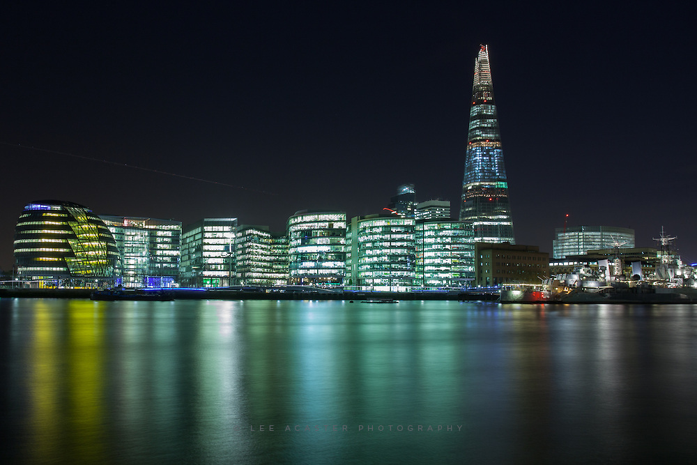 An decent night along the Thames with another Flickr member, although the cloud disappeared, still got some decent shots off
