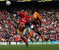 Fotball<br /> Liverpool v Wolves<br /> 29. mars 2004<br /> Foto: Digitalsport<br /> Norway Only<br /> Henri Camara, Wolves, Dietmar Hamann, Liverpool