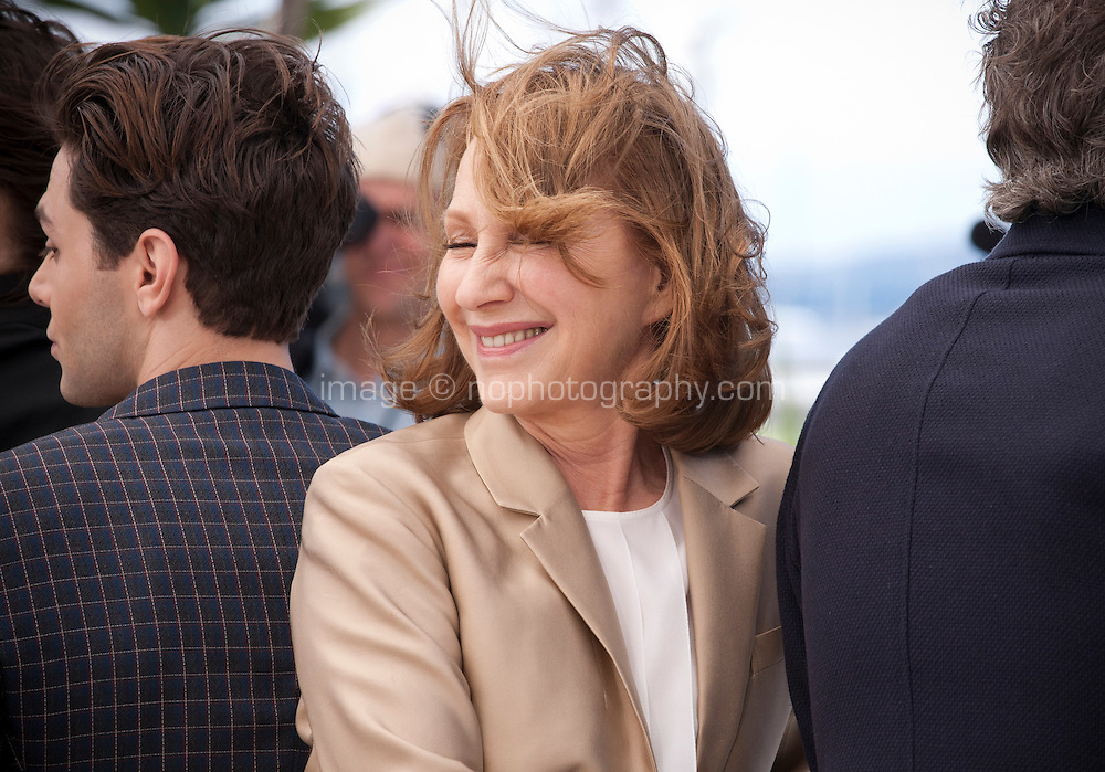 Nathalie Baye at the It's Only the End of the World (Juste La Fin Du Monde) film photo call at the 69th Cannes Film Festival Thursday 19th May 2016, Cannes, France. Photography: Doreen Kennedy