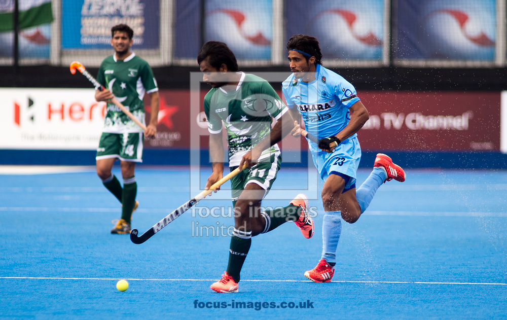 Pardeep Mor of India and Ajaz Ahmad battle for the ball on day four of the Men's Hero Hockey World League Semi-Finals at Lee Valley Hockey Centre, Stratford<br /> Picture by Hannah Fountain/Focus Images Ltd 07814482222<br /> 18/06/2017