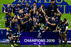 ASM Clermont Auvergne lift the European Rugby Challenge Cup after defeating La Rochelle - Mandatory by-line: Robbie Stephenson/JMP - 10/05/2019 - RUGBY - St James' Park - Newcastle, England - ASM Clermont Auvergne v La Rochelle - European Rugby Challenge Cup Final