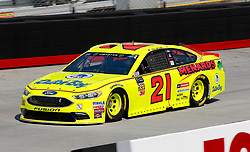 April 13, 2018 - Bristol, TN, U.S. - BRISTOL, TN - APRIL 13:  #21: Paul Menard, Wood Brothers Racing, Ford Fusion Menards / Dutch Boy during practice for the 58th annual Food City 500 on April 13, 2018 at Bristol Motor Speedway in Bristol, Tennessee (Photo by Jeff Robinson/Icon Sportswire) (Credit Image: © Jeff Robinson/Icon SMI via ZUMA Press)