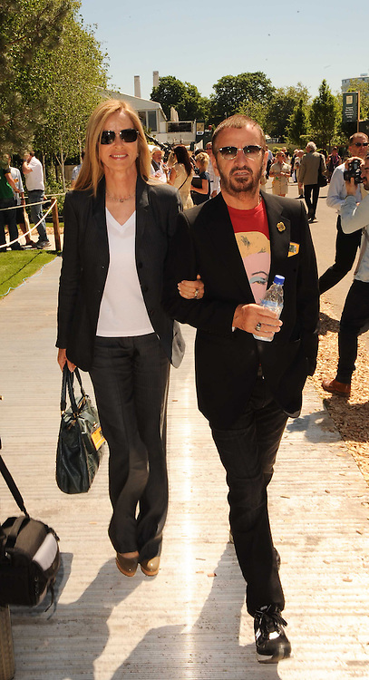 Th 2010 Royal Horticultural Society Chelsea Flower show in the grounds of Royal Hospital Chelsea, London on 24th May 2010.<br /> <br /> Picture shows:-RINGO STARR & BARBARA BACH