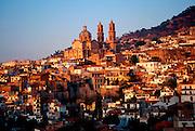 MEXICO, COLONIAL CITIES Taxco; Santa Prisa Cathedral