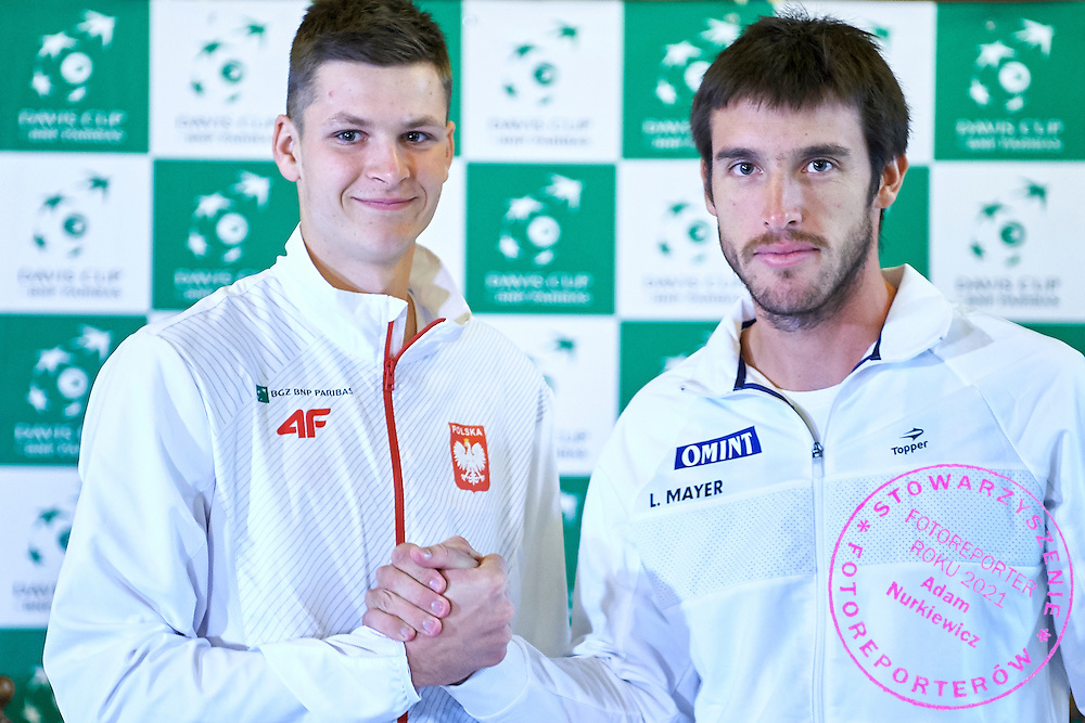 GDANSK, POLAND - 2016 MARCH 03: (L) Hubert Hurkacz of Poland and (R) Leonardo Mayer of Argentina pose to the face off picture after official draw while press conference one day before the Davies Cup / World Group 1st round tennis match between Poland and Argentina at Ergo Arena on March 3, 2016 in Gdansk, Poland<br /> <br /> Picture also available in RAW (NEF) or TIFF format on special request.<br /> <br /> Any editorial, commercial or promotional use requires written permission.<br /> <br /> Mandatory credit:<br /> Photo by &copy; Adam Nurkiewicz / Mediasport