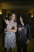 TRINNI WOODALL AND SLASH, Royal  Academy of  Arts summer exhibition opening night. Royal academy. Piccadilly. London. 6 June 2007.  -DO NOT ARCHIVE-© Copyright Photograph by Dafydd Jones. 248 Clapham Rd. London SW9 0PZ. Tel 0207 820 0771. www.dafjones.com.