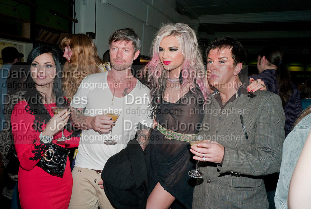 JESSICA JANE CLEMENT; LEE STAFFORD; ALICE JEFFORD; STEVE STRANGE, 30 Years Of i-D - book launch. Q Book 5-8 Lower John Street, London . 4 November 2010. -DO NOT ARCHIVE-© Copyright Photograph by Dafydd Jones. 248 Clapham Rd. London SW9 0PZ. Tel 0207 820 0771. www.dafjones.com.
