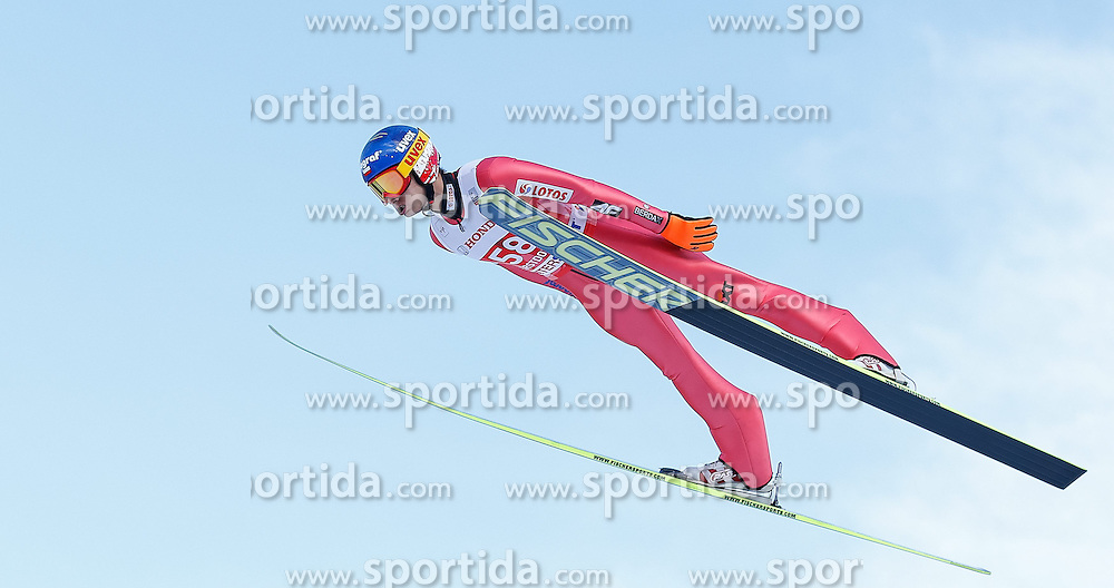 28.12.2013, Schattenbergschanze, Oberstdorf, GER, FIS Ski Sprung Weltcup, 62. Vierschanzentournee, Training, im Bild Maciej Kot (POL) // Maciej Kot of Poland during practice Jump of 62th Four Hills Tournament of FIS Ski Jumping World Cup at the Schattenbergschanze, Oberstdorf, Germany on 2013/12/28. EXPA Pictures © 2013, PhotoCredit: EXPA/ Peter Rinderer