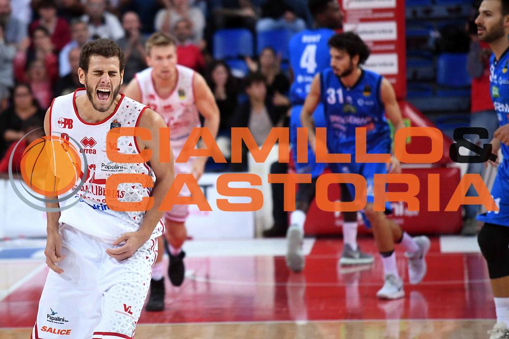 Marco Ceron<br /> VL Pesaro - Germani Leonessa Basket Brescia<br /> Lega Basket Serie A 2017/2018<br /> Pesaro, 01/10/2017<br /> Foto M.Ceretti / Ciamillo - Castoria