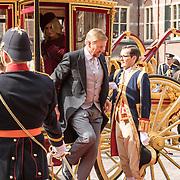 NLD/Den Haag/20190917 - Prinsjesdag 2019, Koning Willem Alexander komt aan met de koets