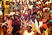 Messe dominicale à Port au Prince, 2000.