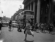 24/06/1959<br /> 06/24/1959<br /> 24 June 1959<br /> Traffic scenes in Dublin.  View of traffic outside the GPO, O'Connell Street.