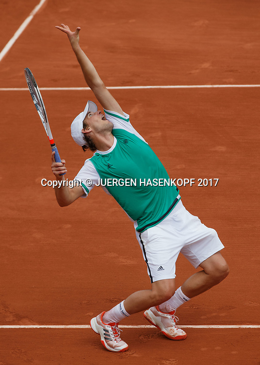 DOMINIC THIEM (AUT),Aufschlag, von oben,Schatten,<br /> <br /> Tennis - French Open 2017 - Grand Slam ATP / WTA -  Roland Garros - Paris -  - France  - 31 May 2017.