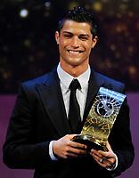 Fotball<br /> FIFA World Player Gala <br /> 12.01.2009<br /> Foto: EQ Images/Digitalsport<br /> NORWAY ONLY<br /> <br /> Cristianio Ronaldo (POR) ist FIFA Fussballer des Jahres 2008