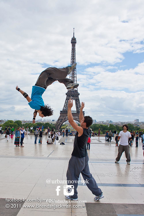 Parkour, Freerunning photography in Paris, France with Simon Nogueira, Florian Bernard and Marsu MxM.