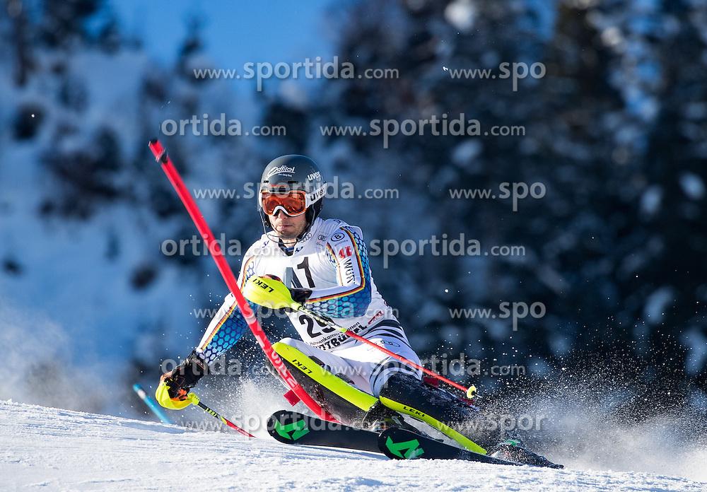 22.01.2017, Hahnenkamm, Kitzbühel, AUT, FIS Weltcup Ski Alpin, Kitzbuehel, Slalom, Herren, 1. Lauf, im Bild Dominik Stehle (GER) // Dominik Stehle of Germany in action during his 1st run of men's Slalom of FIS ski alpine world cup at the Hahnenkamm in Kitzbühel, Austria on 2017/01/22. EXPA Pictures © 2017, PhotoCredit: EXPA/ Johann Groder