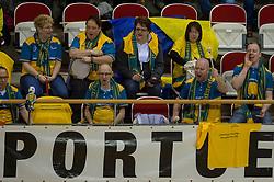 20-02-2015 NED: Landstede Volleybal - Peelpush, Almere<br /> Landstede verslaat in de halve finale Peelpush met 3-0 / Support publiek Landstede
