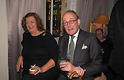 Meredith Etherington-Smith and Andrew de Chappuis Konig, Party to celebrate the publication of 'Rita's Culinary Trickery' by Rita Konig. Morton's. 18 November 2004.  ONE TIME USE ONLY - DO NOT ARCHIVE  © Copyright Photograph by Dafydd Jones 66 Stockwell Park Rd. London SW9 0DA Tel 020 7733 0108 www.dafjones.com