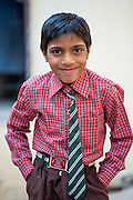 Boy with tie in Bundi (India)