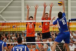 20170525 NED: 2018 FIVB Volleyball World Championship qualification, Koog aan de Zaan<br />Thomas Koelewijn (15) of The Netherlands, Thijs Ter Horst (4) of The Netherlands <br />©2017-FotoHoogendoorn.nl / Pim Waslander