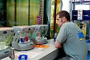 "US-LAS VEGAS: An oxygen bar on Las Vegas Boulevard (""The Strip"")..PHOTO GERRIT DE HEUS"