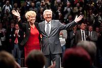 """19 APR 2009, BERLIN/GERMANY:<br /> Gesine Schwan (L), Kandidatin fuer das Amt der Bundespraesidentin, und Frank-Walter Steinmeier (R), SPD, Bundesaussenminister und Spitzenkandidat fuer die Bundestagswahl, haelt eine Rede Abschlussveranstaltung der Reihe """"Das Neue jahrzehnt"""" mit Praesentation des Regierungsprogramms, Tempodrom<br /> IMAGE: 20090419-01-089<br /> KEYWORDS: Wahlprogramm, speech"""