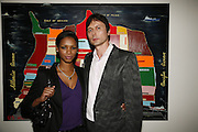 Santucia Chan-Jan-Chu and Brett Anderson, USA Today. Saatchi Gallery and The Royal academy of Arts. Piccadilly. London. 5 October 2006. -DO NOT ARCHIVE-© Copyright Photograph by Dafydd Jones 66 Stockwell Park Rd. London SW9 0DA Tel 020 7733 0108 www.dafjones.com