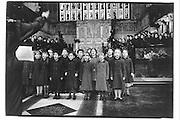 Mrs Pringle's middle school, Garde House school, Holy Trinity church, 16/12/87© Copyright Photograph by Dafydd Jones 66 Stockwell Park Rd. London SW9 0DA Tel 020 7733 0108 www.dafjones.com