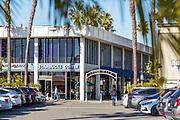 Lido Walk in Via Lido Plaza Newport Beach